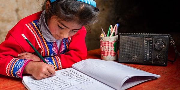 acciones para promover la educación