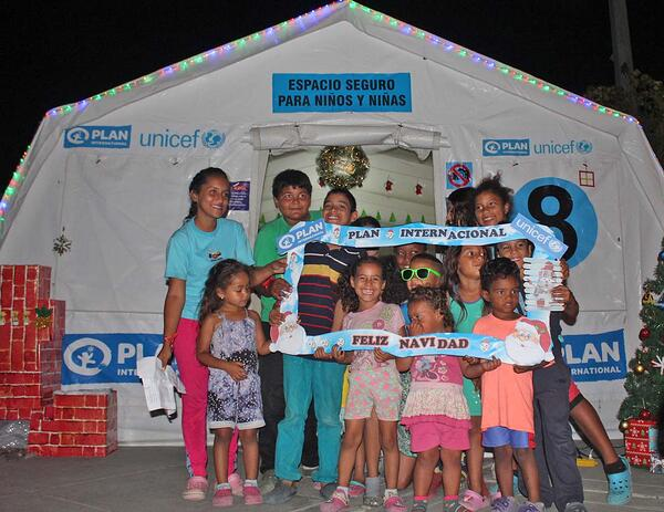 Navidad  Encendido Luces CEBAF Venezolanas Niñas Niñez Sin Frontera Plan Alegria
